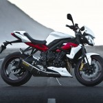 800 CC Triumph Street Triple Short Preview